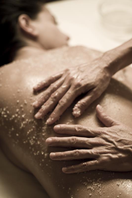 טיפולי פילינג גוף - תאפשרו לעור שלכם להתנקות